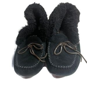 Uggs Slippers Womens size 8 Alena Faux fur cuff